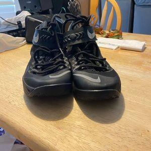 Nike lebrons size 9.5